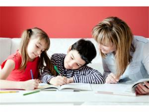 I compiti delle vacanze: castigo per genitori?